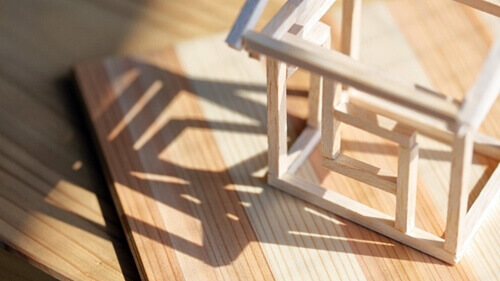 建物の構造級別を判別する